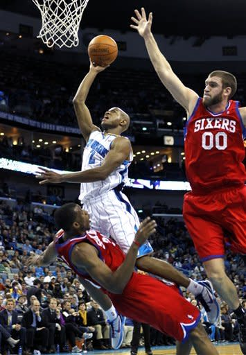 Holiday scores 23 as 76ers beat Hornets 101-93