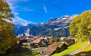 Wengen, Switzerland (Photo: age fotostock / SuperStock)