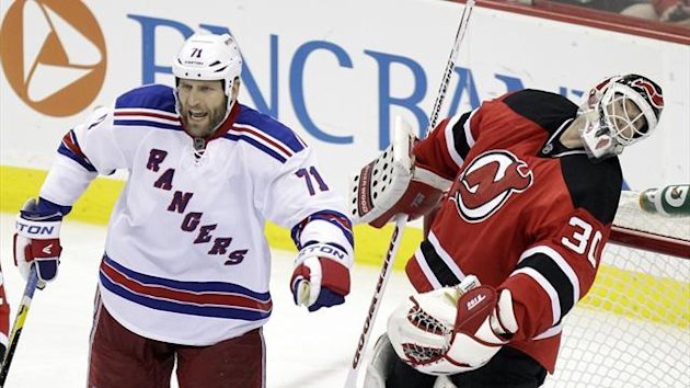 Mike Rupp New York Rangers Martin Brodeur New Jersey Devils