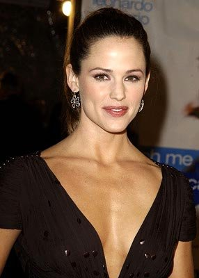 Jennifer Garner at the Hollywood premiere of Dreamworks' Catch Me If You Can