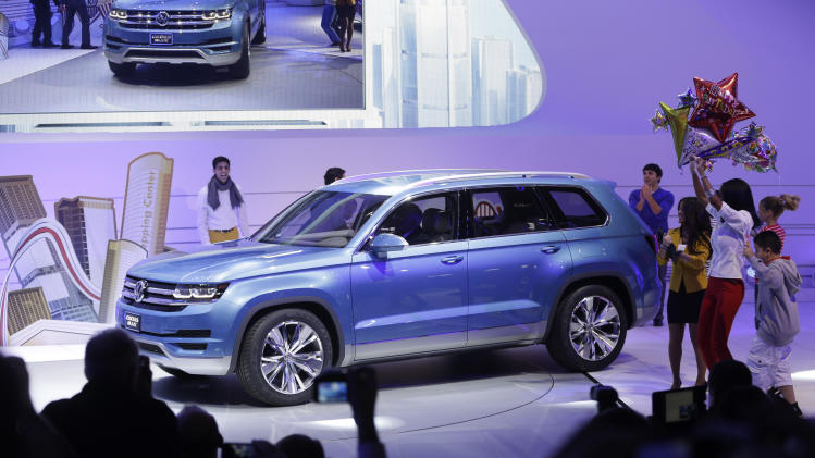 Volkswagen floats idea of new midsize SUV
