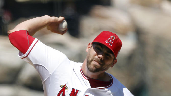 FILE - In this Aug. 7, 2011, file photo, Los Angeles Angels relief pitcher Jordan Walden (51) pitches against the Seattle Mariners during the ninth inning of a baseball game in Anaheim, Calif. The Atlanta Braves have traded pitcher Tommy Hanson to the Angels for Walden on Friday, Nov. 30, 2012. (AP Photo/Alex Gallardo, File)