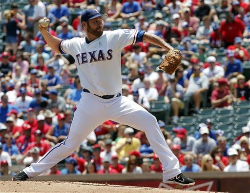 Rangers rally past Astros with 7-run 6th inning