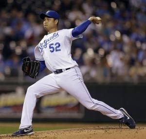Chen pitches Royals to 3-0 win over White Sox