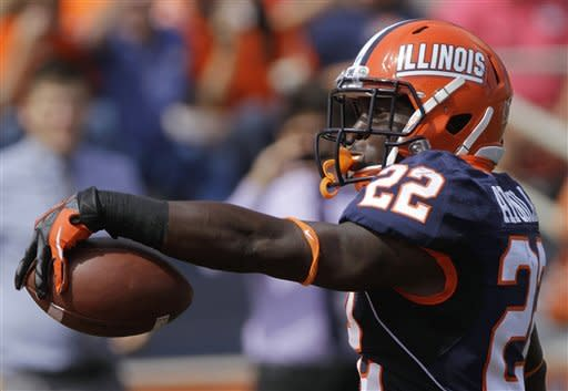 O'Toole leads Illini by Charleston Southern, 44-0