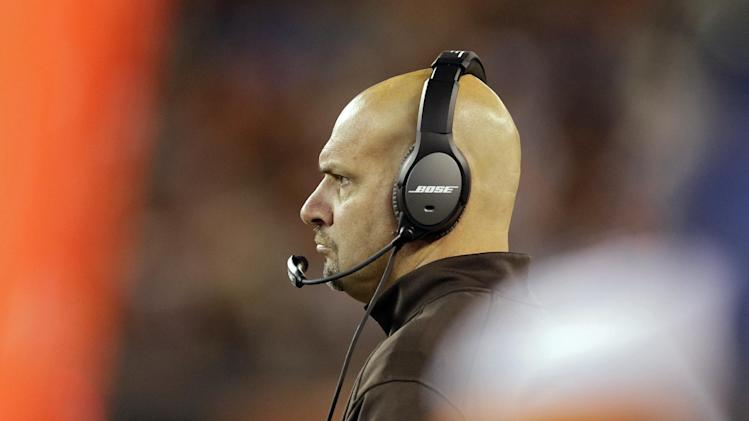 Pettine doesn't mind 'boring' Browns offense