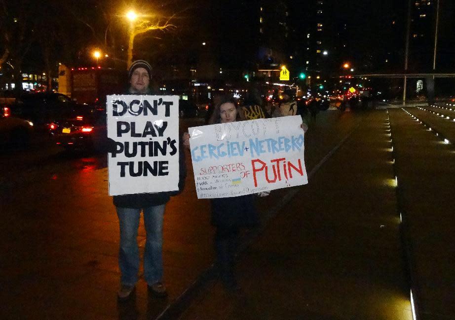 Pro-Putin maestro draws fire in US