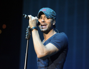 Univision Taking Enrique Iglesias Upfront Performance to Times Square