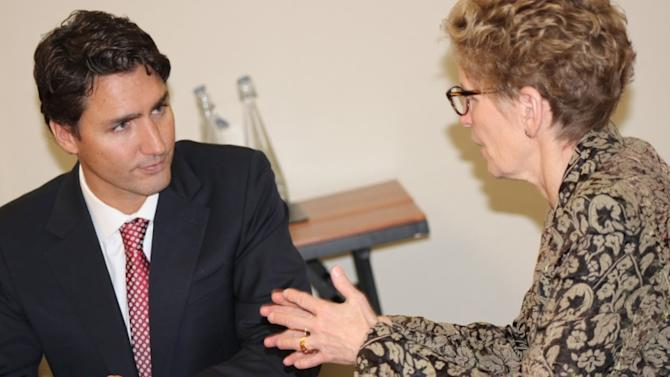 Justin Trudeau, Kathleen Wynne say Ottawa needs to be involved in greenhouse gas reduction