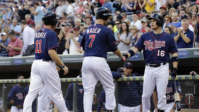 Mauer, Doumit lead Twins over White Sox