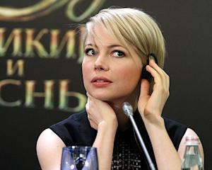 Michelle Williams Makes Sexy, Radiant Appearance After Jason Segel Split at Oz The Great and Powerful Event