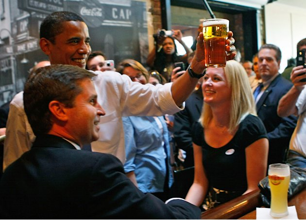 obama beve birra