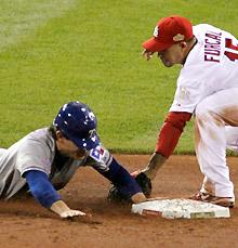 Kinsler steals bag and Game 2 for Rangers