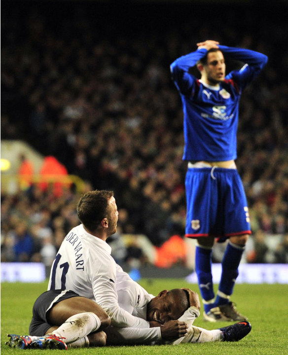 Tottenham Hotspur's English Striker Jermain Defoe (R) Celebrates Scoring The Third Goal With Dutch Midfielder Rafael AFP/Getty Images