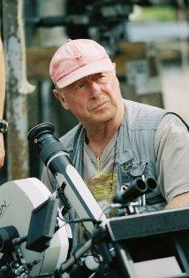Tony Scott, Director of 'Top Gun,' Dies in Apparent Suicide