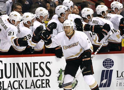Cogliano's hat trick leads Ducks past Coyotes