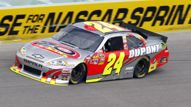 Jeff Gordon practices for Sunday's NASCAR Sprint Cup Series auto race at Homestead-Miami Speedway in Homestead, Fla., Friday, Nov. 16, 2012. (AP Photo/Alan Diaz)