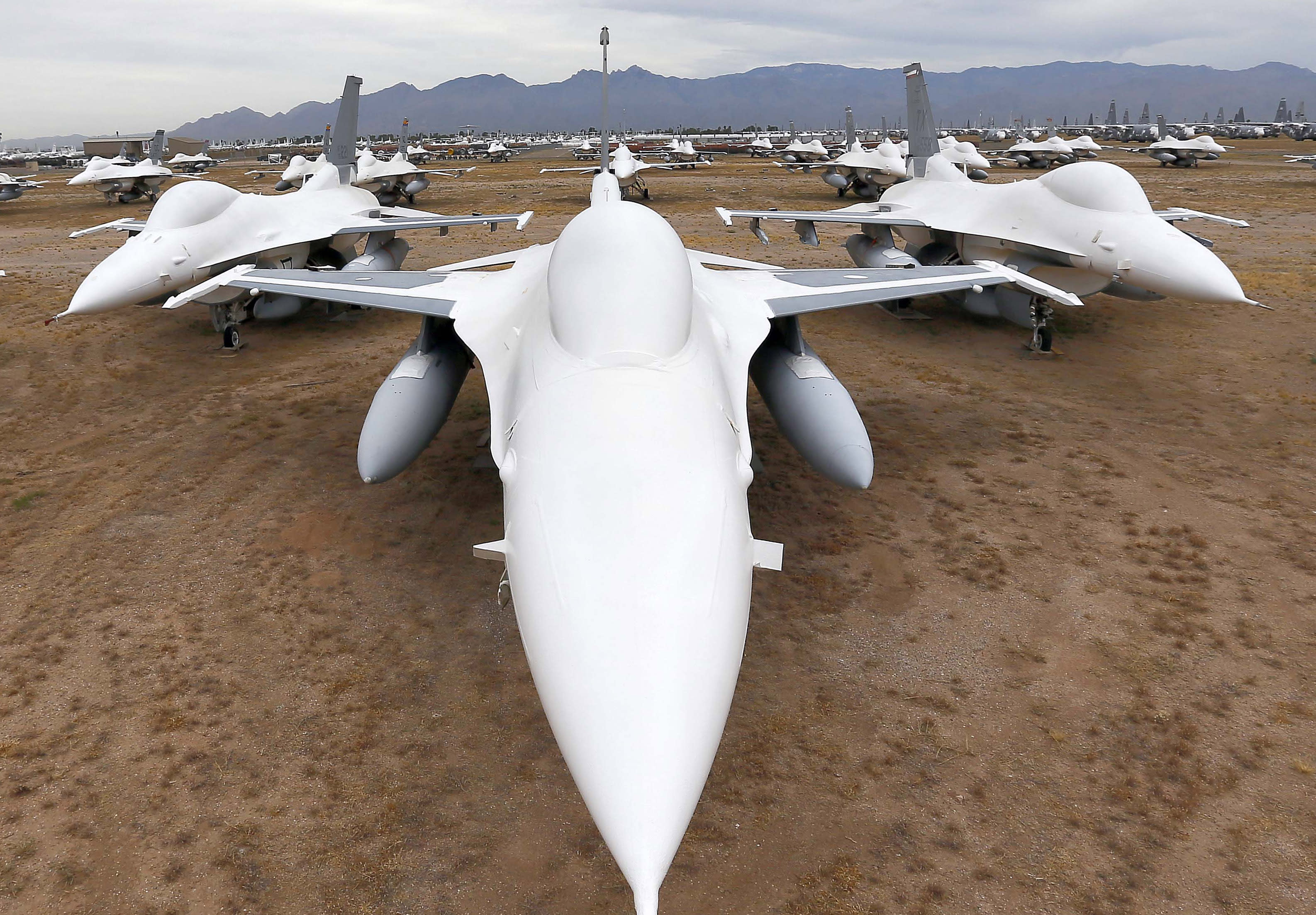 PHOTO ESSAY: Arizona site holds 'bones' of 4,000 planes