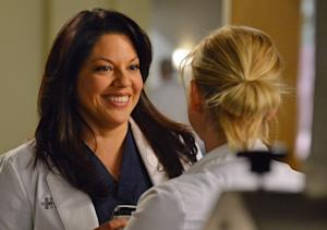 Grey's Anatomy Sneak Peeks: Meredith Fears the Worst, Arizona Has [Spoiler] on the Brain