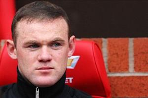 Mourinho puts Rooney bid on hold until after Old Trafford clash