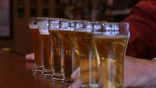 Bartenders become certified beer experts