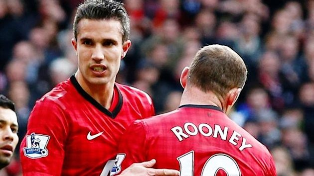 Manchester United strikers Robin van Persie and Wayne Rooney (Reuters)