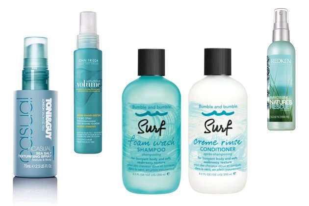Produkte f&#xFC;r Beach Hair gibt es zum Beispiel von Toni &amp; Guy, John Frieda, Bumble &amp; Bumble oder Redken (Bilder: PR)