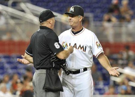 Marlins retain Jennings as manager, future uncertain
