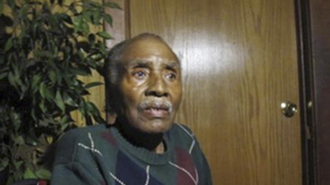 This 2010 photo provided by Mike Small shows Willie Louis at his home in Chicago's Englewood neighborhood. Louis, a witness who went into hiding after testifying at the Emmett Till trial in 1955 about hearing the lynching victim's screams, died July 18, 2013, in a Chicago suburban hospital. He was 76. After the trial, Louis fled his native Mississippi for Chicago. He changed his name and told no one of his connection to the case, not even his future wife. (AP Photo/Courtesy of Mike Small)