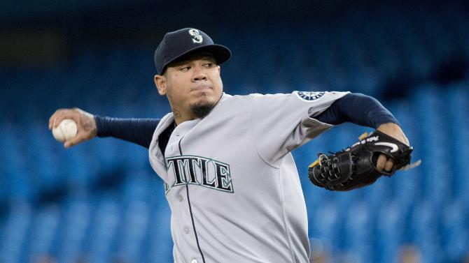 Hernandez gets 7th win, Mariners beat Blue Jays 4-3