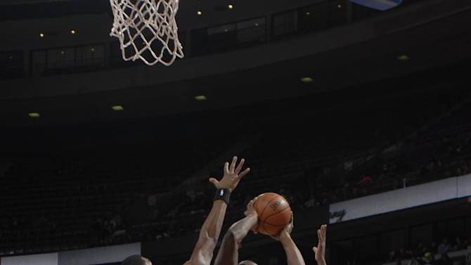 Pistons stop skid with 103-87 win over Magic