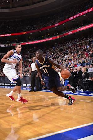 Holiday powers Pelicans in return to Philadelphia