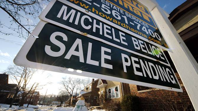 US pending home sales rise to highest since 2010