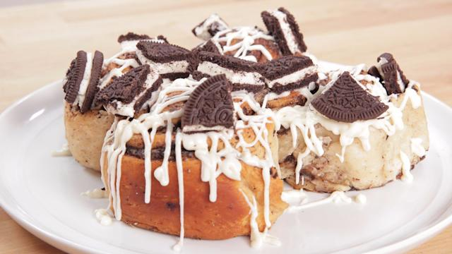 Prepare to Be Obsessed With These Oreo Cinnamon Rolls