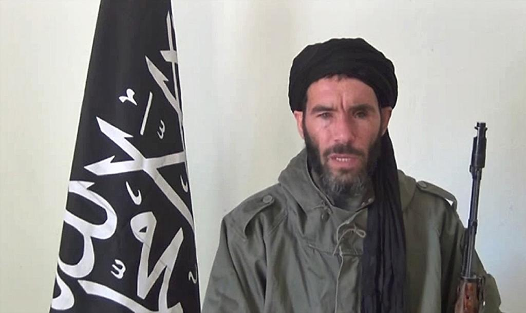 AQIM Islamists say killed two men for spying for France