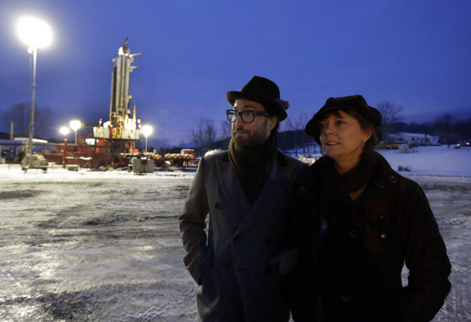 NY fracking foes: will become lobby if necessary
