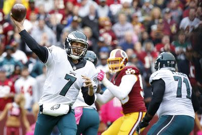 Sam Bradford proves he can still throw deep with 62-yard touchdown to Riley Cooper