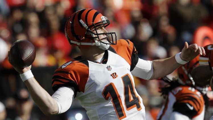 Cincinnati Bengals quarterback Andy Dalton throws during the first half of an NFL football game against the Kansas City Chiefs, Sunday, Nov. 18, 2012, in Kansas City, Mo. (AP Photo/Chris Ochsner)