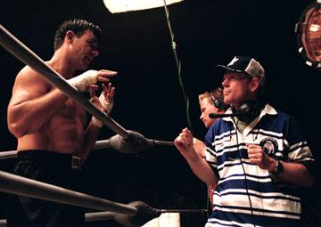 Russell Crowe with director Ron Howard on the set of Universal Pictures' Cinderella Man