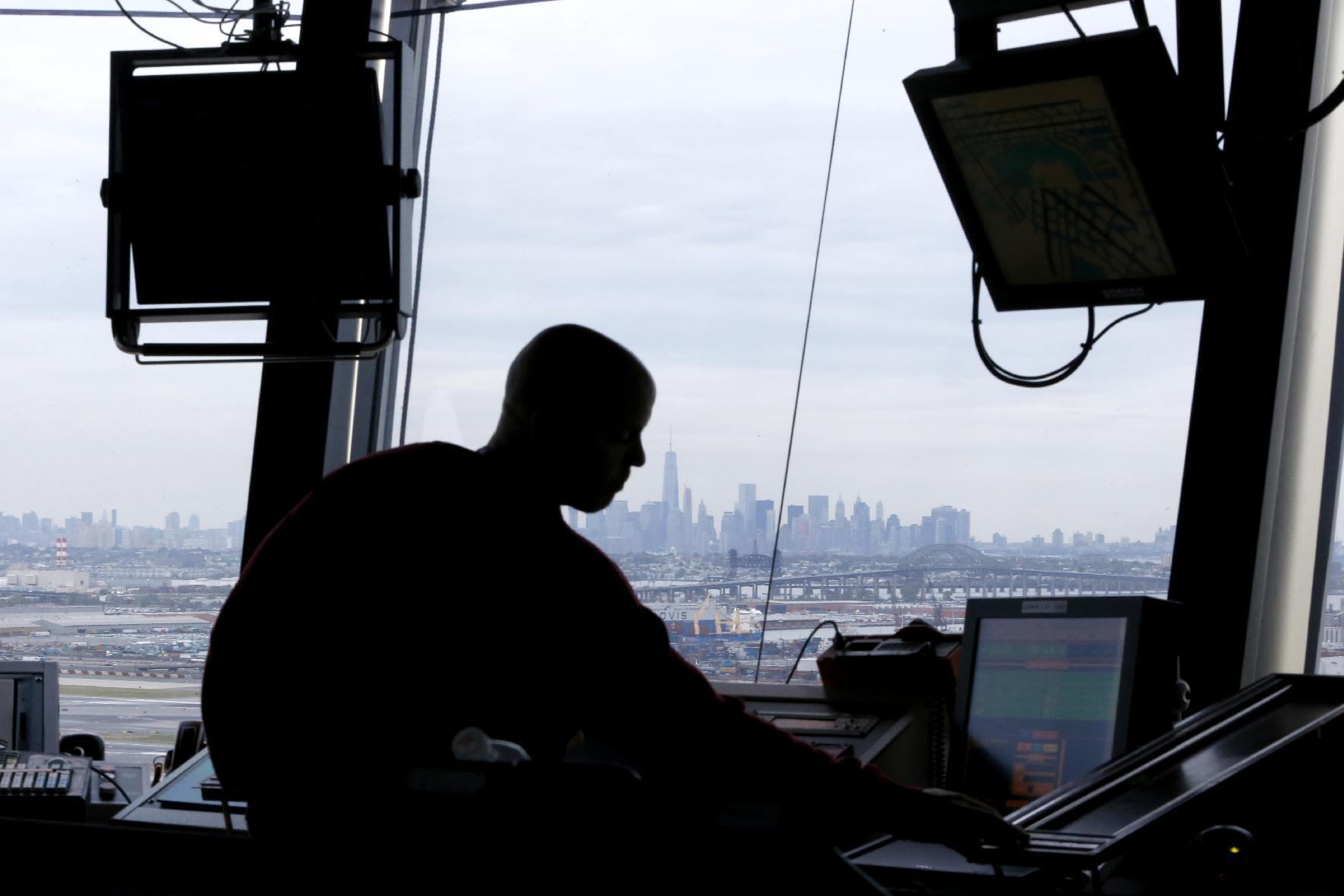 House committee passes bill to privatize air traffic control