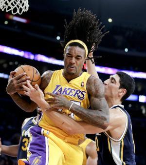 Lakers return from China, beat Jazz 108-94