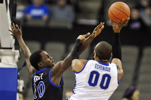 Dingman's 21 leads No. 17 Creighton to 71-54 win