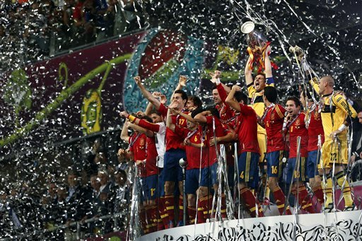 AP PHOTOS: Spain wins Euro …