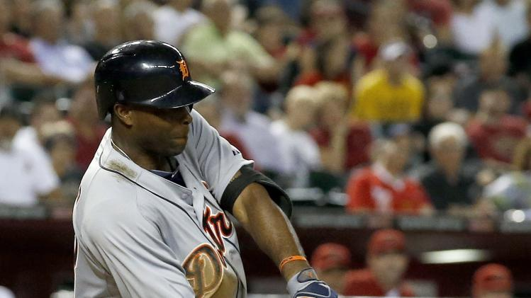 Detroit Tigers' Torii Hunter connects for a two-run single against the Arizona Diamondbacks during the eighth inning of a baseball game on Tuesday, July 22, 2014, in Phoenix. (AP Photo)