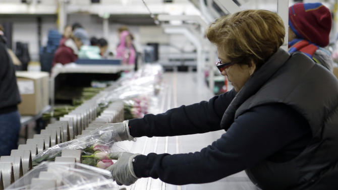 US wholesale prices rise 0.7 pct. on gas spike