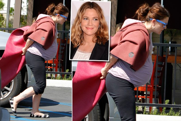 Drew Barrymore geht hochschwanger zum Yoga in L.A. (Bilder: Splash, Getty Images)