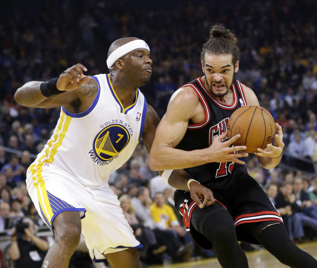 Curry, Thompson lead Warriors past Bulls 102-87