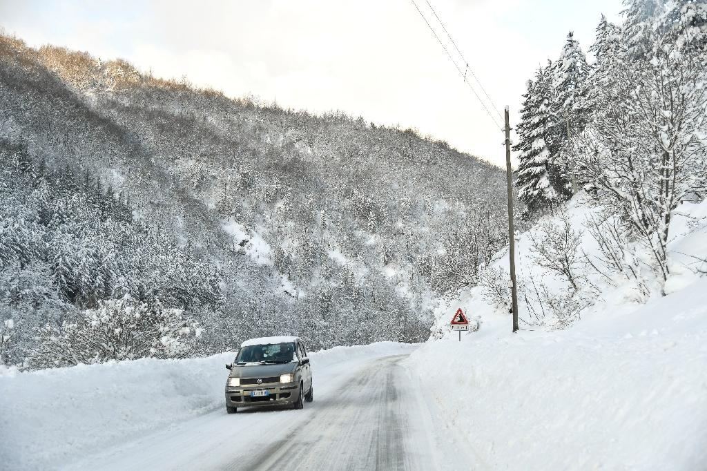 Up to 30 feared dead in avalanche-hit hotel in central Italy