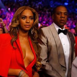 Celebs Stole The Spotlight At The Mayweather And Pacquiao Fight