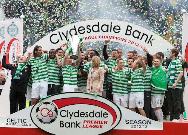 Soccer - Clydesdale Bank Scottish Premier League - Celtic v St Johnstone - Celtic Park